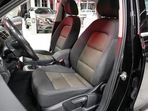 Audi Q3 Business II 1,4 TFSI 110 kW, vm. 2014, 211 tkm (9 / 22)