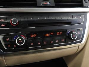 BMW 320 TwinPower Turbo A Limited xDrive Edition F30 Sedan Luxury, vm. 2013, 119 tkm (14 / 25)
