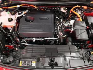 FORD KUGA 2,5 Ladattava hybridi (PHEV) 225hv CVT FWD Titanium 5-ovinen, vm. 2020, 11 tkm (18 / 19)